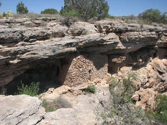 montezuma wells verde valley indian ruins