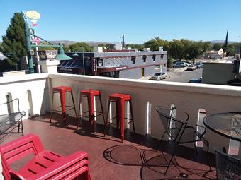Cottonwood Hotel Balcony
