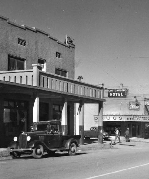Historic Cottonwood Hotel History